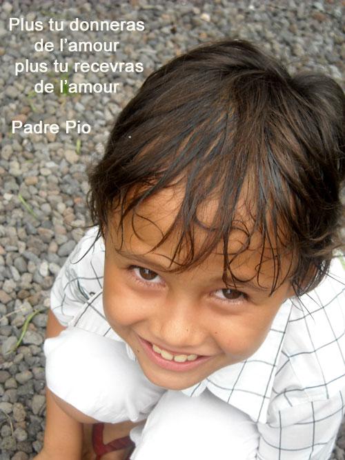 Padre-Pio-Plus tu donneras de l'amour