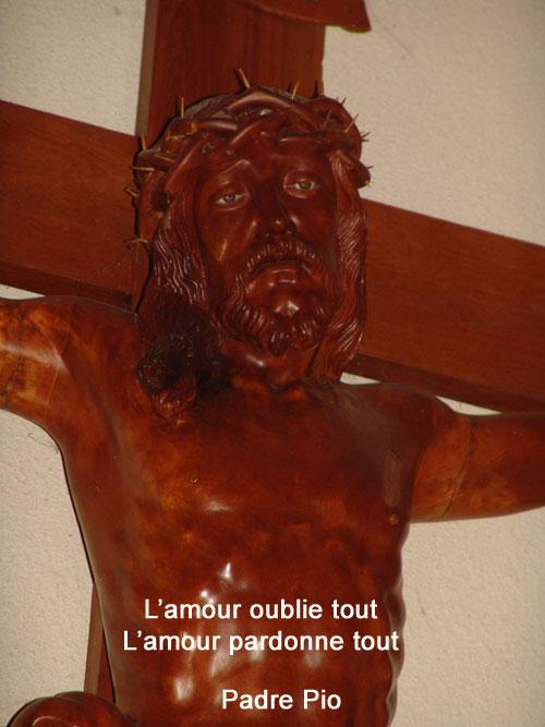 Padre-Pio-l'amour oublie tout