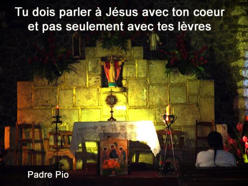 Padre-Pio-tu dois parler à Jésus avec ton coeur