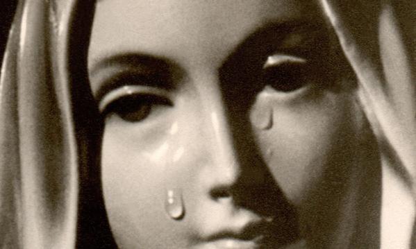 Vierge larmes